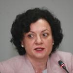 Министър Василева определи 7 март за дискусията за Банско